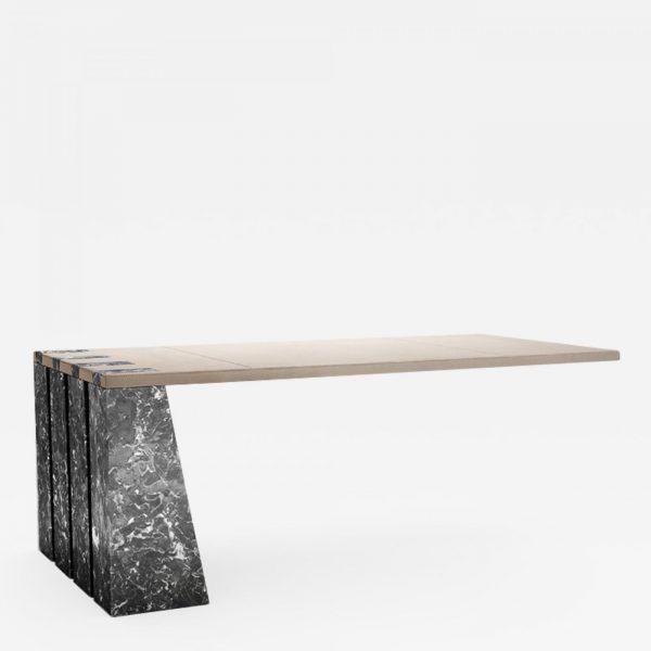 Bureau contemporain original en carbone, marbre et cuir, signé