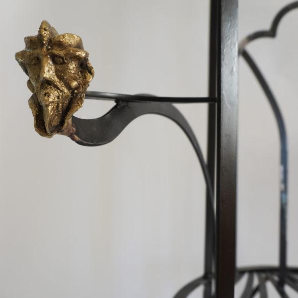 Fauteuil sculptural en acier noirci et bronze brut. Pièce unique signée Bella Hunt & DDC