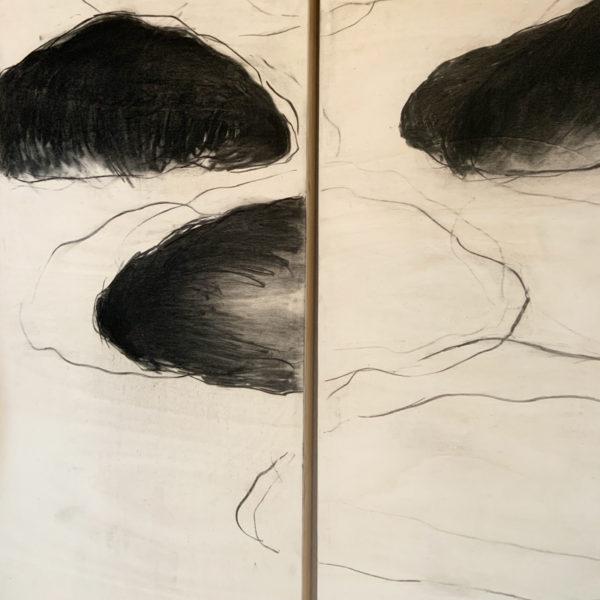 Tableau de nuages en triptyque dessinés au fusain sur bois par Beatrice Pontacq